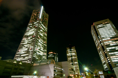 都会ビルの夜景